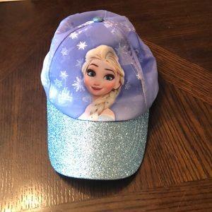 Disney Accessories - Disney frozen girls hat